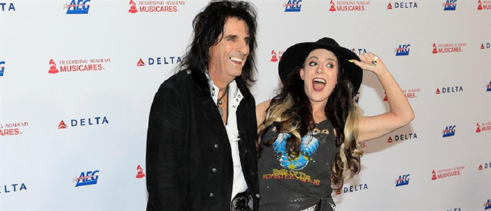 Τζόνι Ντεπ και Άλις Κούπερ μαζί στη σκηνή για τα 50 χρόνια Aerosmith