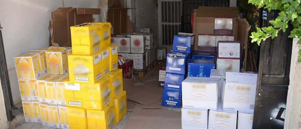"""Χιλιάδες ποτά """"μπόμπες"""" και προϊόντα """"μαϊμού"""" στην Ρόδο"""