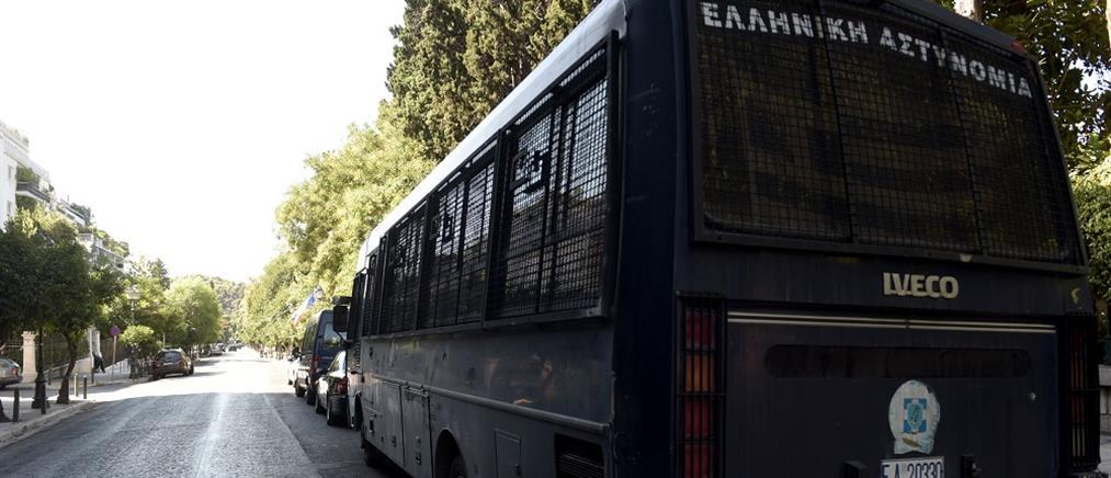"""""""Αστακός"""" η Αθήνα για την επέτειο του Πολυτεχνείου"""