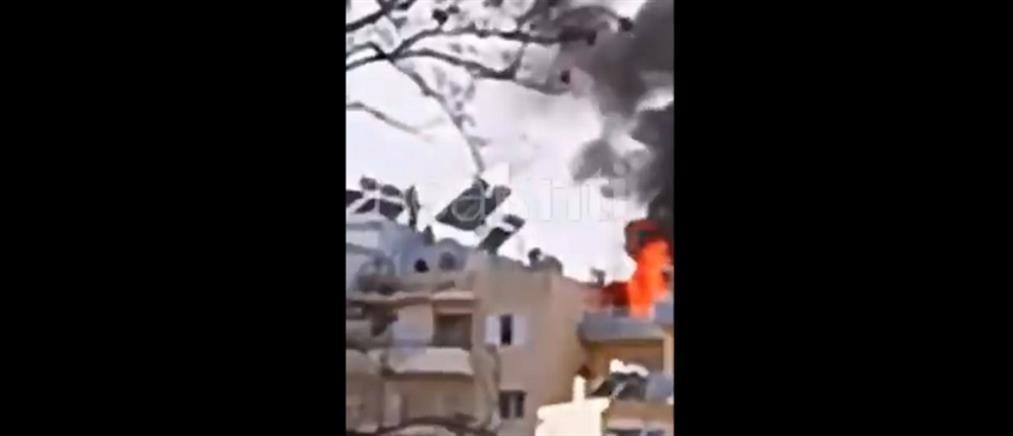 """""""Λαμπάδιασε"""" ταράτσα σε πυκνοκατοικημένη περιοχή (βίντεο)"""