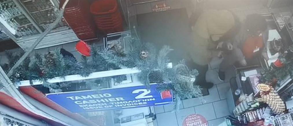 Βίντεο ντοκουμέντο από ένοπλη ληστεία σε σούπερ μάρκετ