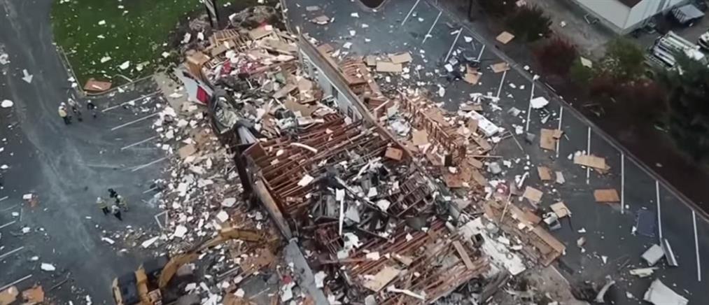 """Έκρηξη """"ισοπέδωσε"""" εστιατόριο fast food (βίντεο)"""