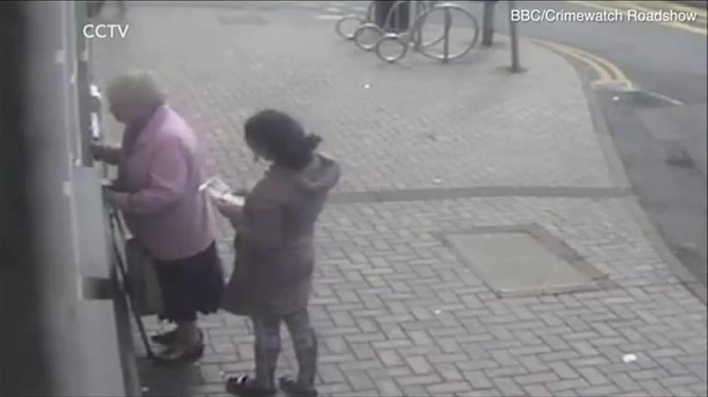 Γιαγιά αποκρούει κλέφτρα