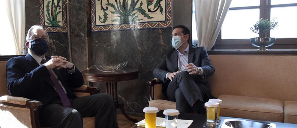 Τασούλας – Τσίπρας: Συζήτηση για την κοινοβουλευτική λειτουργία
