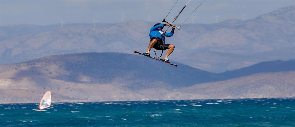 Tραυματισμός -  σοκ kitesurfer στη Μύκονο – Επείγουσα μεταφορά στην Αθήνα