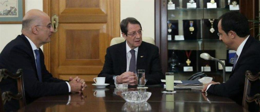 Δένδιας: η Κύπρος δεν είναι μόνη απέναντι στις τουρκικές προκλήσεις