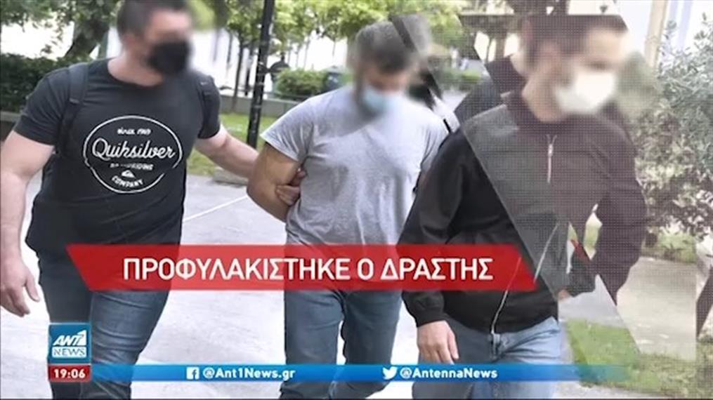 Προφυλακιστέος ο καθ' ομολογία δράστης του φονικού στα Καλύβια