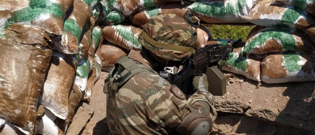 Ο αρχηγός ΓΕΣ παρακολούθησε άσκηση τμημάτων επιφυλακής στον Έβρο (εικόνες)