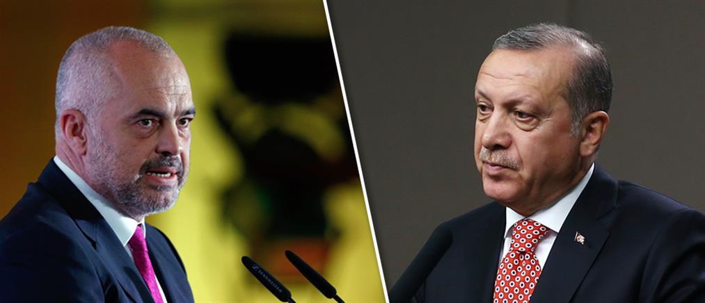 Αλβανία: Τουρκικός ναύσταθμος στον Αυλώνα (βίντεο)