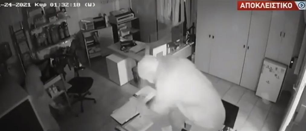 Αποκλειστικό: βίντεο ντοκουμέντο από διάρρηξη σε επιχείρηση