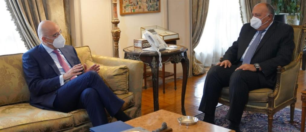 Συνάντηση Δένδια - Σούκρι: Στο επίκεντρο η Ανατολική Μεσόγειος