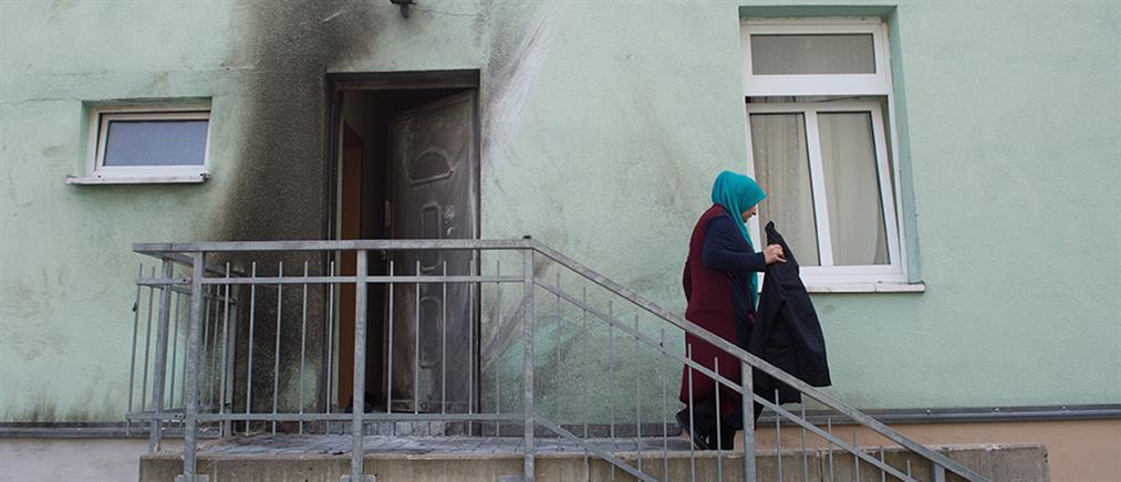 Βόμβες σε τζαμί και σε συνεδριακό κέντρο στη Δρέσδη (φωτο)