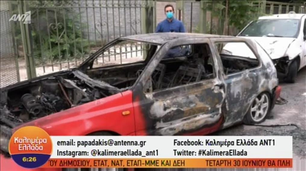 Φωτιά σε αυτοκίνητπο στη Λιοσίων