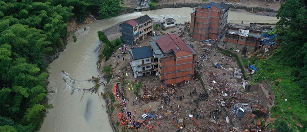 Φονικός τυφώνας σάρωσε την Κίνα