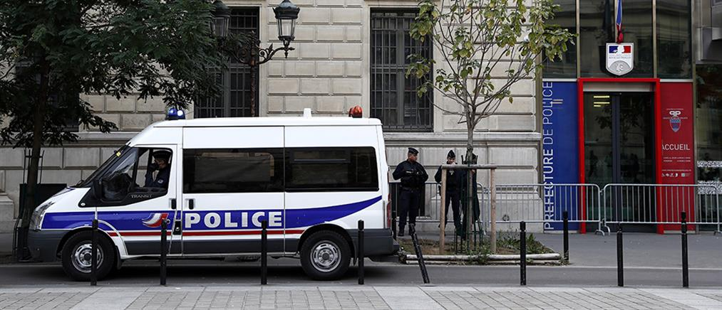 Παρίσι: επίθεση με μαχαίρι σε αστυνομικό μέσα σε τμήμα