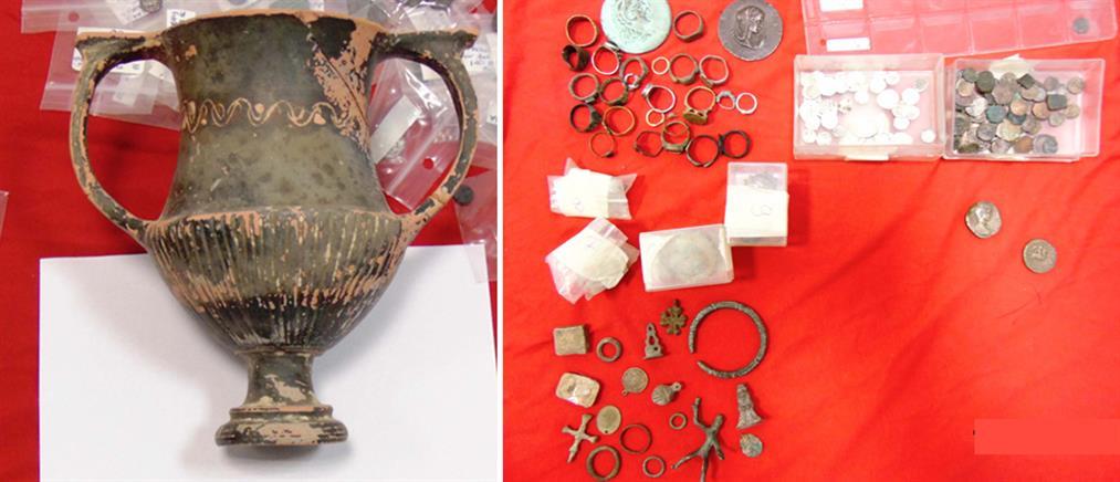 ΕΛ.ΑΣ: Δεκάδες συλλήψεις και χιλιάδες κατασχέσεις αρχαιοτήτων