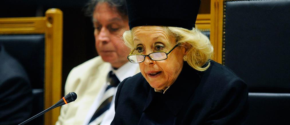 """""""Μαλλιά κουβάρια"""" οι δικαστές για τα όρια ηλικίας συνταξιοδότησης"""