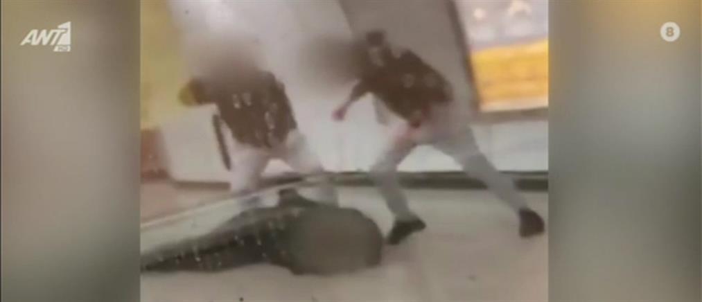 Βίντεο ντοκουμέντο από τον ξυλοδαρμό σταθμάρχη του μετρό από αρνητές μάσκας