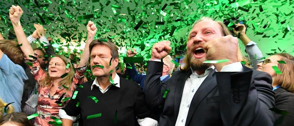 """Γερμανία δημοσκόπηση: σε """"απόσταση αναπνοής"""" από το CDU οι """"Πράσινοι"""""""