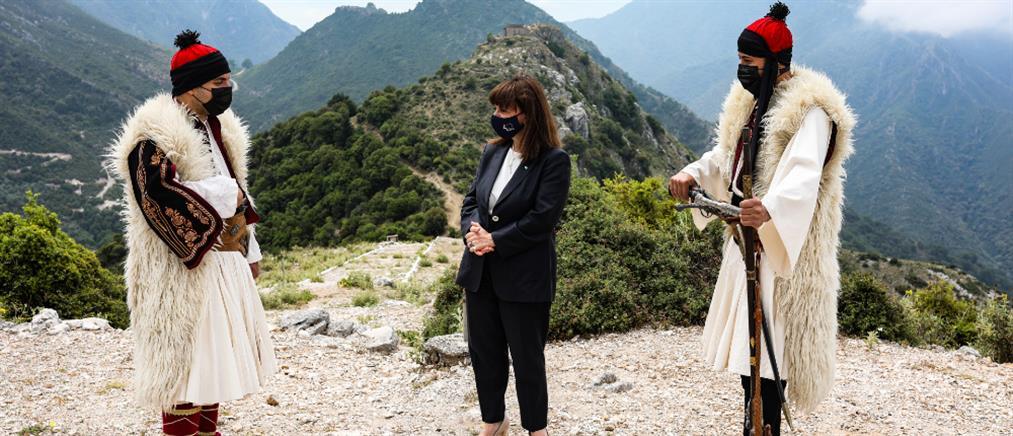 Σακελλαροπούλου: Το Σούλι είναι διαχρονικό σύμβολο του αγώνα για την ελευθερία (εικόνες)