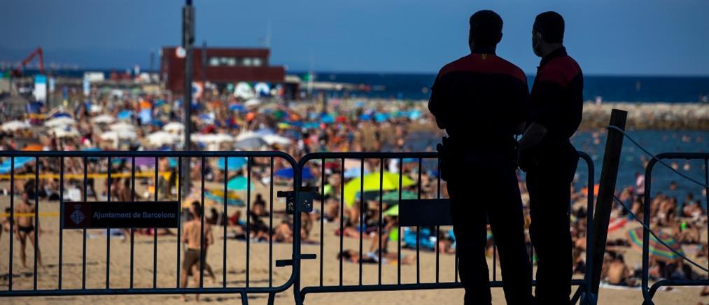 Κορονοϊός – Ισπανία: Πλημμύρισαν οι παραλίες παρά τις συστάσεις (εικόνες)