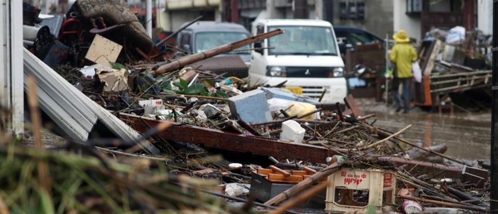 Δεκάδες νεκροί από τις πλημμύρες στην Ιαπωνία (εικόνες)