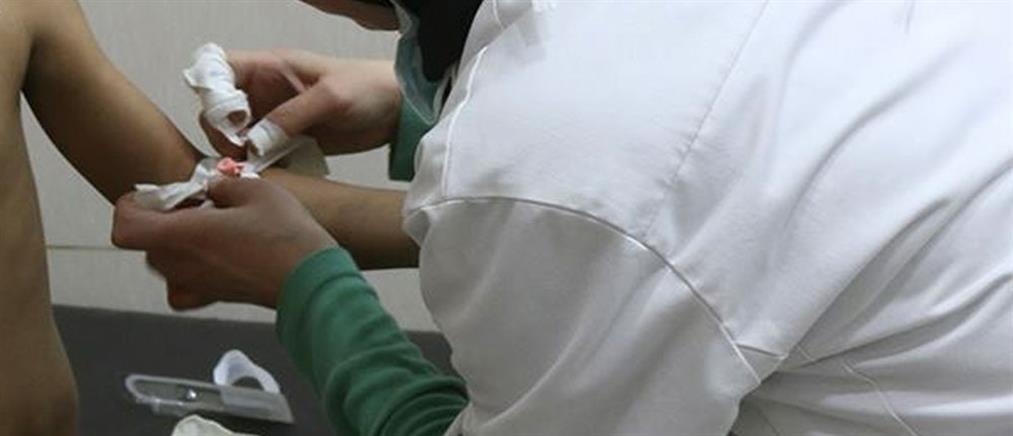 Κορονοϊός: Ανεμβολίαστη νοσοκόμα τέθηκε σε αναστολή καθηκόντων