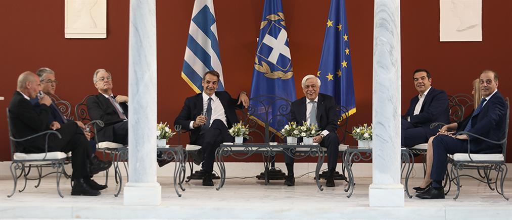 Παυλόπουλος: τιμούμε την εμβληματική επέτειο με ενωμένες τις δημοκρατικές πολιτικές δυνάμεις