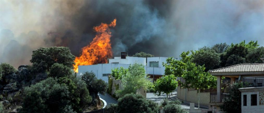Πύρινος εφιάλτης στα περίχωρα της Μαδρίτης – Εκκενώθηκαν σπίτια (βίντεο)