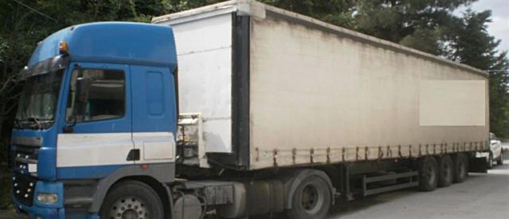ΑΑΔΕ: 90 κιλά χασίς μέσα σε ρεζέρβες