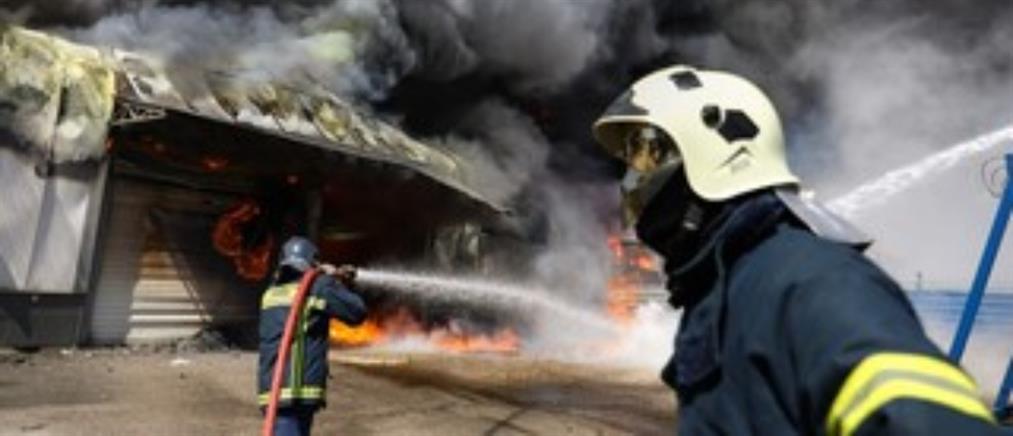 Μεταμόρφωση: συνεχίζει να καίει για δεύτερη μέρα η φωτιά