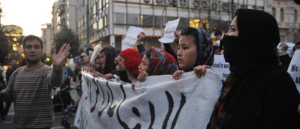Πορεία διαμαρτυρίας από πρόσφυγες στον Κατσικά