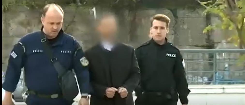 Ένταση στην δίκη του ηθοποιού για τον σεξουαλική κακοποίηση ταξιτζή (βίντεο)