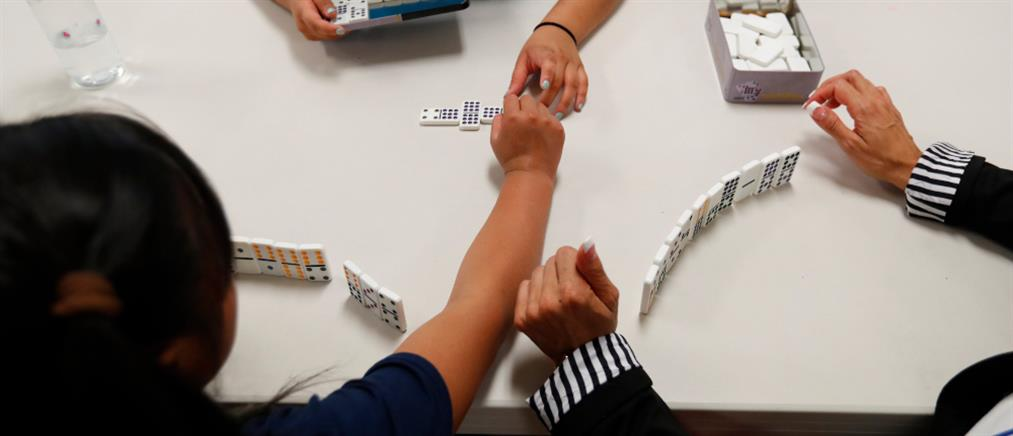 Ηλεκτρονικά η διαδικασία σύνδεσης παιδιών με υποψήφιους γονείς