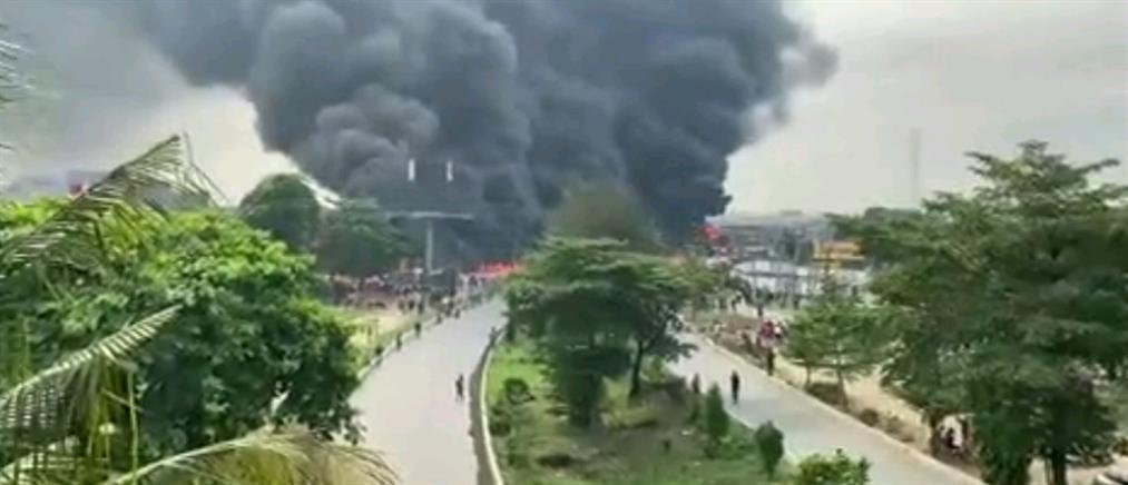 Έκρηξη και φωτιά σε βυτιοφόρο (εικόνες)