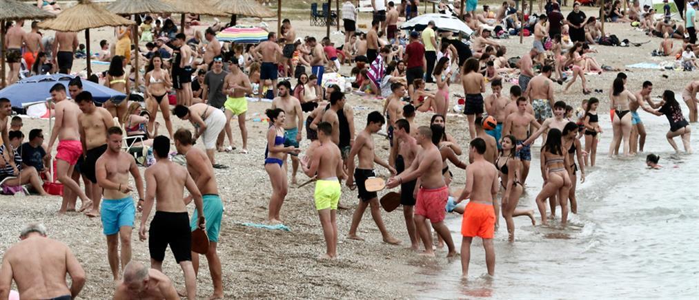 """""""Βούλιαξαν"""" οι παραλίες της Αττικής (εικόνες)"""