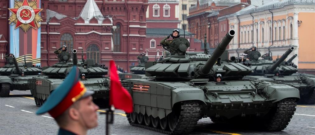 Αναβλήθηκε η παρέλαση της 9ης Μαΐου στη Μόσχα