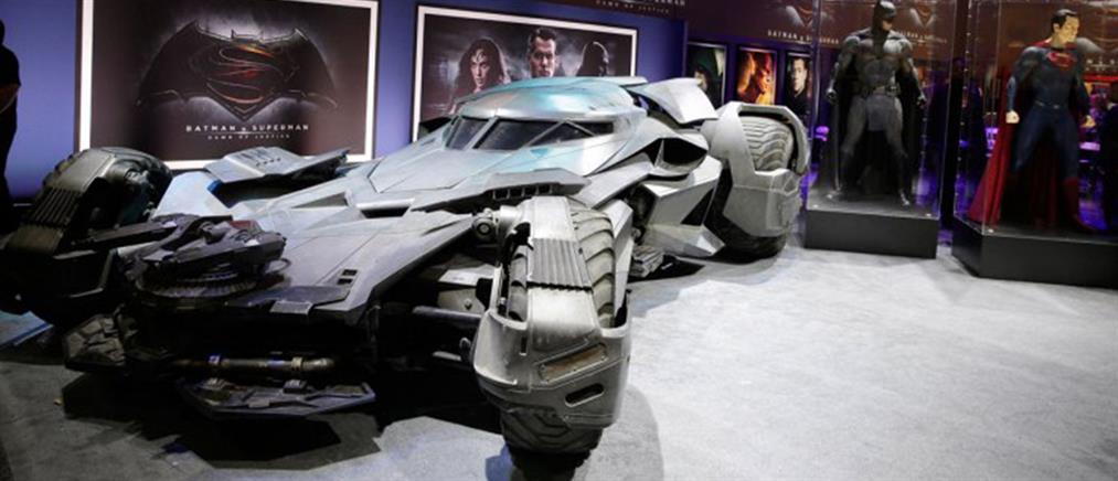 Τα επίσημα αποκαλυπτήρια του νέου Batmobile