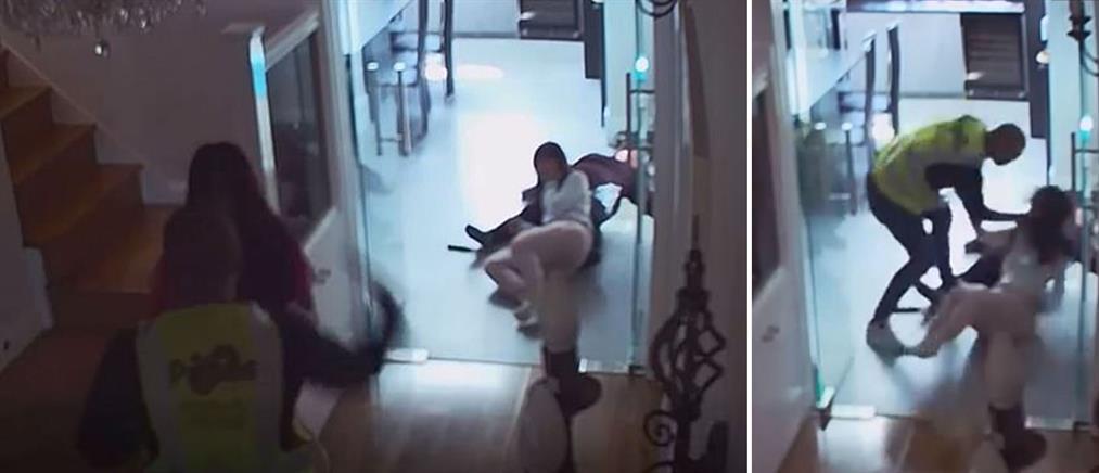 Βίντεο- σοκ: Επίθεση ντελιβερά σε γυναίκες που του άνοιξαν την πόρτα
