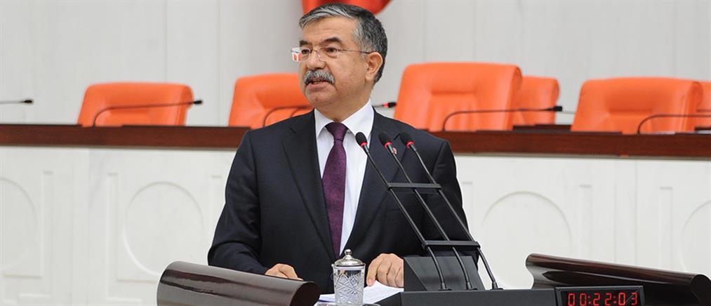 Τούρκος υπουργός Άμυνας: Συζητάμε με την Ελλάδα για το στάτους των 16 νησιών