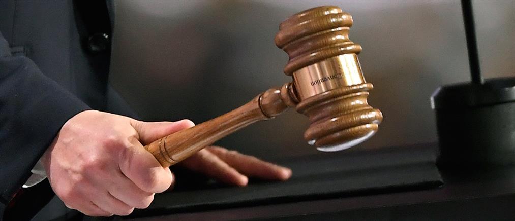 Ποινή φυλάκισης με αναστολή για τον ξυλοδαρμό εφοριακών