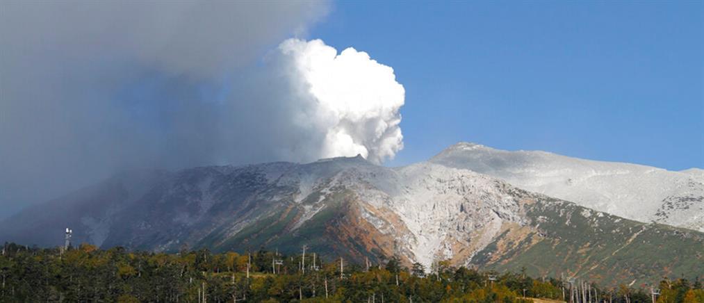 Ιαπωνία: συναγερμός μετά από έκρηξη ηφαιστείου