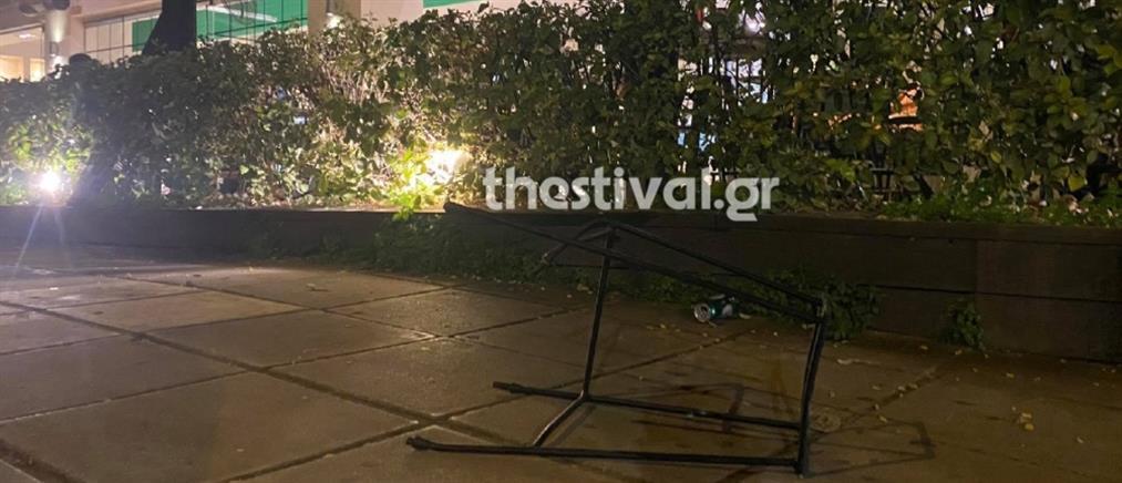 Θεσσαλονίκη: επίθεση με ρόπαλα σε παρέα που καθόταν σε καφετέρια (εικόνες)