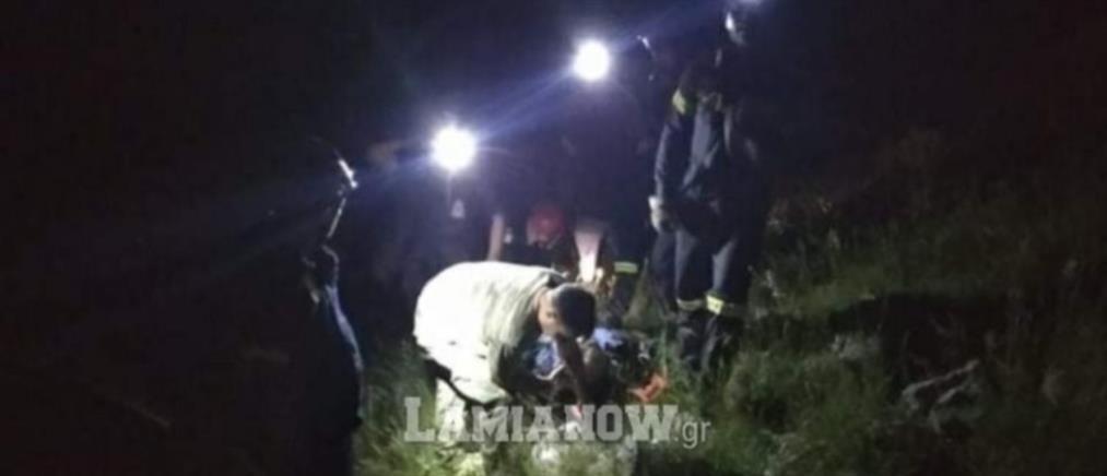 Τραυματισμένος εντοπίστηκε ο άνδρας που έπεσε σε χαράδρα
