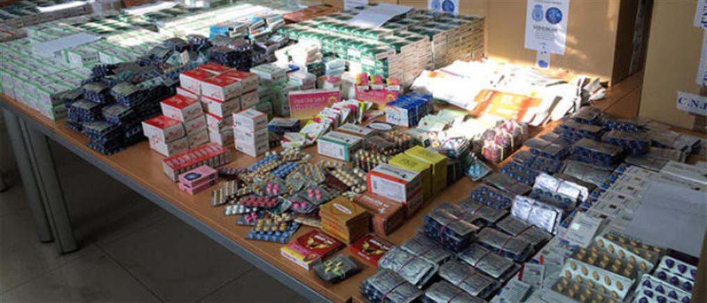 """Pangea XI"": εκατοντάδες συλλήψεις για παράνομη πώληση φαρμάκων"