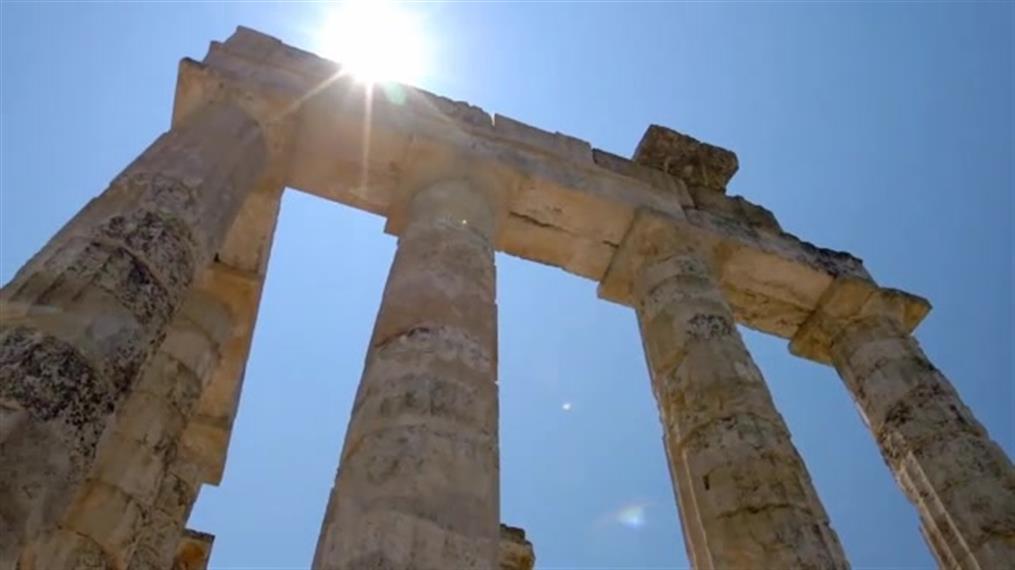 Ελλάδα: Χρειάζεσαι μια... βουτιά σε πολιτισμό και φύση!