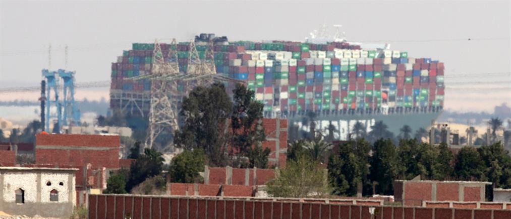 Διώρυγα του Σουέζ: Αγώνας δρόμου για την αποκόλληση του πλοίου