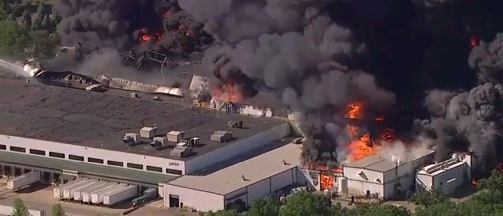 Ιλινόις: Τεράστια έκρηξη σε εργοστάσιο χημικών (εικόνες)