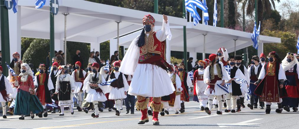 Γεννηματά για 25η Μαρτίου: Ενωμένοι οι Έλληνες μπορούμε να στοχεύουμε ψηλά