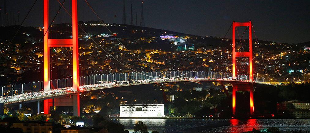 Κατά 40% μειώθηκαν οι τουριστικές αφίξεις στην Τουρκία τον Ιούνιο